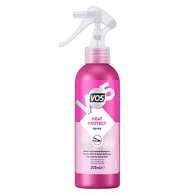 VO5 Smoothly Does It Heat Protect Styling Spray 200ml