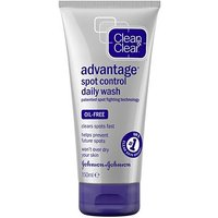 Clean & Clear Advantage Quick Clear Daily Treatment Wash 150ml