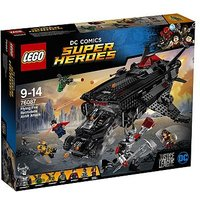 LEGO DC Comics Super Heroes Flying Fox: Batmobile Airlift Attack 76087
